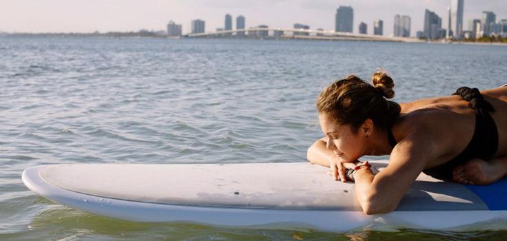 Claudia Bustillos Paddleboard
